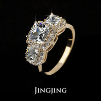 Latest Fashion 18K Gold Plated 1ct Princess Cut Three AAA CZ Diamond Women Jewelry Rings for Engagement Wedding(Jingjing JR028A)