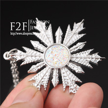 2014 newest once upon a time Anna Elsa family love Christmas gifts Magic snow shape necklace