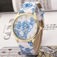 6 colors New Fashion Women leather strap watches ,quartz watch dress watch blue and white porcelain flower wristwatch