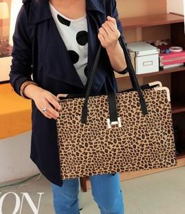 2014 New Arrival Fashion Designer Women Bag Famous Brand Leopard Print Women Handbag High Quality PU Leather One Shoulder Bags(China (Mainland))