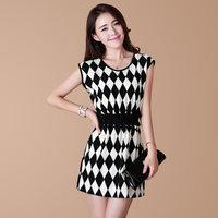 Free Shipping 2014 New Fashion Design Elegant Women Black And White Plaid Slim Dress, 60% Chiffon,40% Micro Fiber