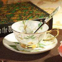 With Continental high-grade coffee mug / ceramic cup tea cup / British-style Coffee cup saucer Set spoon /bone porcelain Mug Kit
