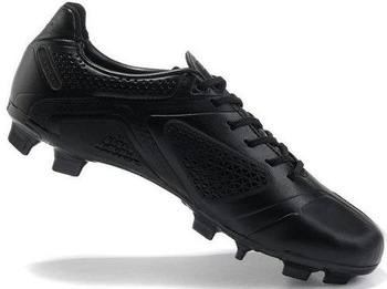 Free Shipping Men's Soccer Shoes Outdoor Football Boots All Black Team Sports Shoes Newest Wholesale