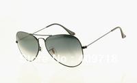Free shipping Best Quality Brand sunglass Designer sunglass men's/woman's Fashion Black sunglass Grey gradient lens 58mm case