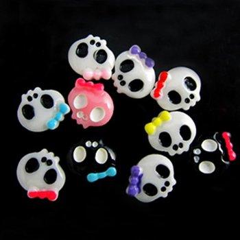 Skull Beads 200pcs 9x10mm Lovely Skull Design Resin Decals For Nail Art Hot Selling Nail Art Decorations Glue on Skull Beads