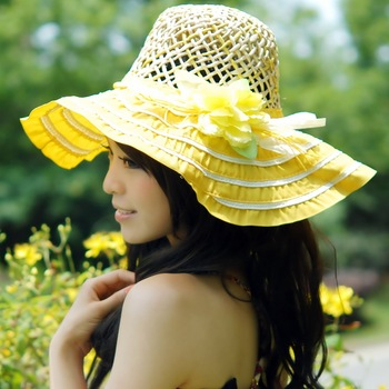Free shipping Large Flower Bow Handmade Knitting Brim Foldable Romantic Women Cloche Hats Ladies Wide Sun Hats Straw Bucket Hat