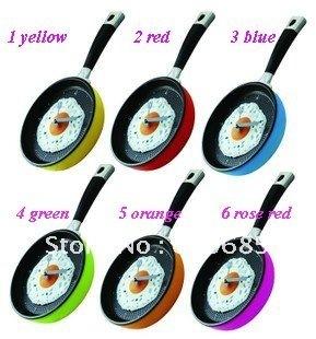Hot Novelty Clock!Creative Wall Clocks Fried Eggs Pan Shaped Wall Clock Different Colors Mix Order