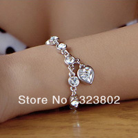 Free Shipping Heart Shaped Austria Crystal Bracelet or Hand Chain for Women or Ladies Gift