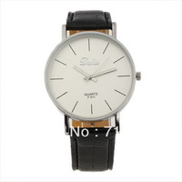 Free Shipping!2013 New Designer Watches for Men,Fashion & Casual Black Leather Strap Analog Men Wrist Watch
