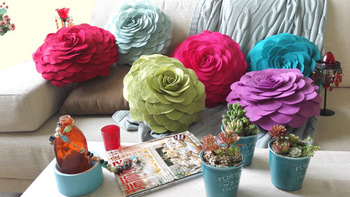 3D Flower handmade cushion with filling polyfelt  home decoration