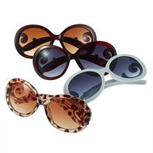 1pcs New arrival fashionable Retro Inspired Round women's  Sunglasses  YKS(China (Mainland))