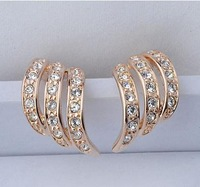 Min Order $10. Free shipping 2014 Fashion Crystal earrings high quality gold plated stud Earrings