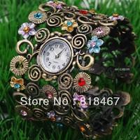 Wholesale New style Vintage Bronze Quartz Bangle Watch Fashion Women Hours Hot Selling Diamond Clock