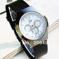 Fashion Man Wristwatch Silica gel  Band Quartz  Watch High Quality Watch For Man Free Shipping