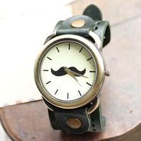 A1103 2014 New Retro Man Woman Ladies Student Unisex Moustache Beard Faux Leather Band Chic Quartz Bracelet Wrist Watches Hours