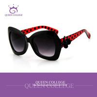 Queen College with Original box  Flower decoration Brand sunglasses women glasses sun glasses vintage 7color star  QC0027