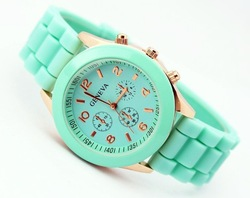 2013 Geneva Popular Silicone Quartz Men/Women/Girl Unisex Jelly Wrist Watch accept Drop Shipping Free shipping(China (Mainland))