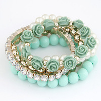 Wholesale Jewelry Exquisite Flower Pearl Multilayer Charm Bracelet