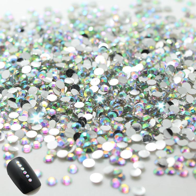 2014 New nail !2.0mm CLEAR ROUND RHINESTONES for Nail art decorations Crystal 1000pcs/bag ,2bags/lot.total 2000pcs nails(China (Mainland))