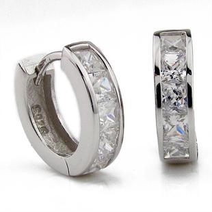 Small Hoop Earring,5 Austrian Crystal,SWA Elements,925 Sterling Silver Material,Elegant Eerring OE02