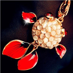 full opal inset vivid gold fish pendant necklaces for women luxury jewelry wholesale