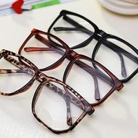 S 5281 Free shipping retro fashionable leopard/black Eyeglasses Frames Eyewear Accessories for women
