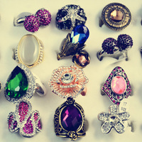 Sales Promotion! Wholesale 100pcs/lot 2014 New Brand Vintage Punk New Jewelry Party Queen Rings For Women #MR01