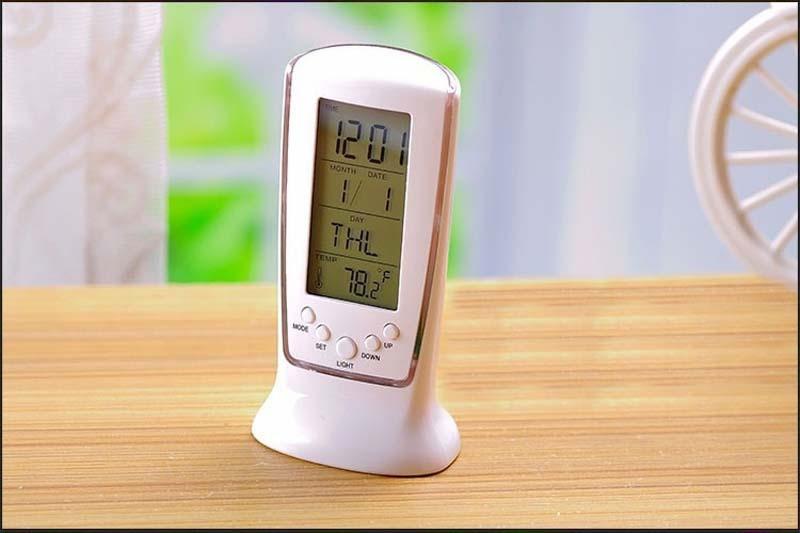 Free Shipping LED Back light Square Digital Alarm Clock, Multi-function Music Calendar Thermometer Clock Y70*DA0937#M5(China (Mainland))