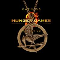 2014 New Fashion hunger game Pendant Necklaces Vintage Antique Silver Long Chain Flake Necklaces Pendants Men jewelry Wholesale