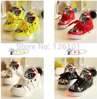 free shippingChild 2014 light shoes male child girls shoes led light emitting skateboarding shoes a30 luminous sport shoes boots