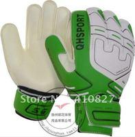 QH-523 Soccer football goalkeeper/ goalie/ goaltender gloves accessories