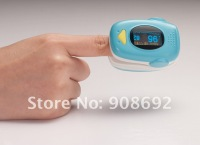 FDA & CE approved cartoon pediatric design finger pulse oximeter with dual colors OLED display