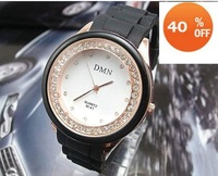 holiday sale black white Sports Silicone watch Women ladies analog quartz Watch SM024