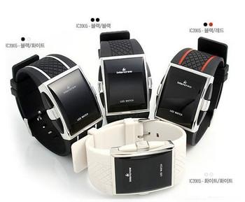 2015 new led watch luxury fashion watch brand men womens Digital Sport strap wristwatch for ladies dress watches clock free 1pc