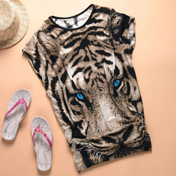 2013 Tiger New Printed T-shirt Long Tops Women's Summer Tees Blue Eyes Popular T shirt Fashion Animal Pattern 80060