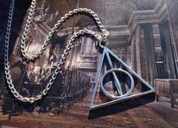 10 sets free shipping!Harry Potter - Deathly Hallows charm pendant necklace(China (Mainland))