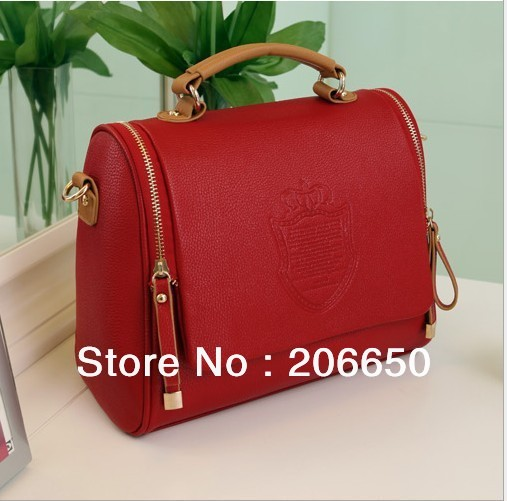 Europe and the United States retrospective case,grain single shoulder slope one hand female bag free shipping(China (Mainland))
