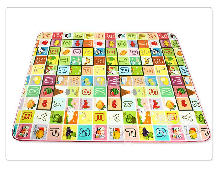 Детский игровой коврик Made