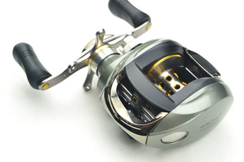 Available Free Shipping 1pcs D2-WOD9  6.2:1  8BB+1RB bait casting reels fishing reels a Tackle