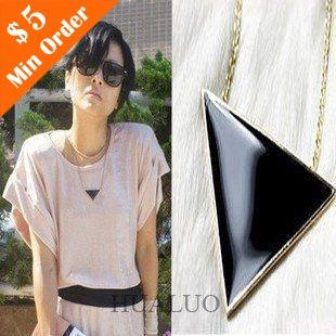 Wholesale Fashion Vintage Korean Star Small Black Triangle Pendant Long Necklace N7(China (Mainland))