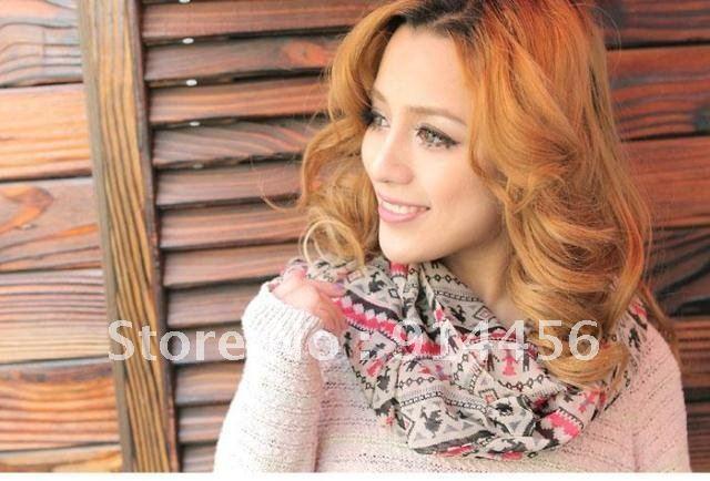 Autumn Models Korean Version Of The Cartoon Villain Hand In Hand Velvet Chiffon Shawl Scarves Wholesale(China (Mainland))