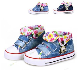 Factory direct sale Size 23-35 children canvas shoes kids sneakers for boys and girls sports shoes best selling 172 jeans