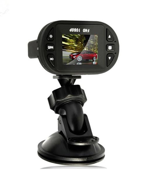 Free Shipping For 1pcs Gift+1pcs C600 Hd 1280*720p 12 Ir Led Car Video Camera Recorder Car Dvr Support Russian Language(China (Mainland))