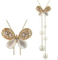 2014 new Fashion gold plated pearl crystal Wings Butterfly Flower pendant Necklace long chain pendants necklaces for women