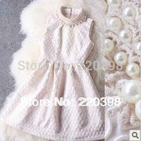 2014 New White Slim Hip Sleeveless Mini Vintage Dress Blacke Beading Knitted Dresses Women Apparel Accessories Linen Flower 1020