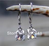 Wholesale 2.02ct  Luxury synthetic diamond earrings sterling silver Anti allergic earring 14K gold wedding earring for women