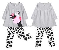 boys winter clothing sets girls clothing set kids apparels 2014 cartoon milk cow long-sleeved t-shirt suit pajamas sv18 sv008283