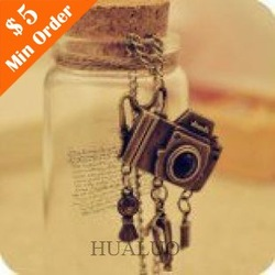 Min.order is $15 (mix order) Promotion Fashion Vintage Style Camera Long Necklace Sweater Chain N71(China (Mainland))