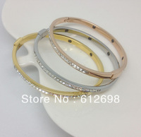 Wholesale  Fashion jewelry hot sale 316L stainless steel Silver bangles bracelest with fine cz stones for women