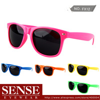 Hot Sale Fashion Wayfarer Sunglasses Plastic Colorful Sunglasses Big Frame For Women Men Wholesale Big Discount